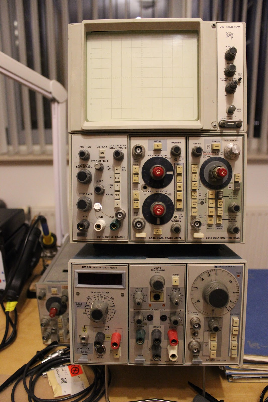 Paul's DIY electronics blog: DIY build of the Tektronix 5CT1 Curve