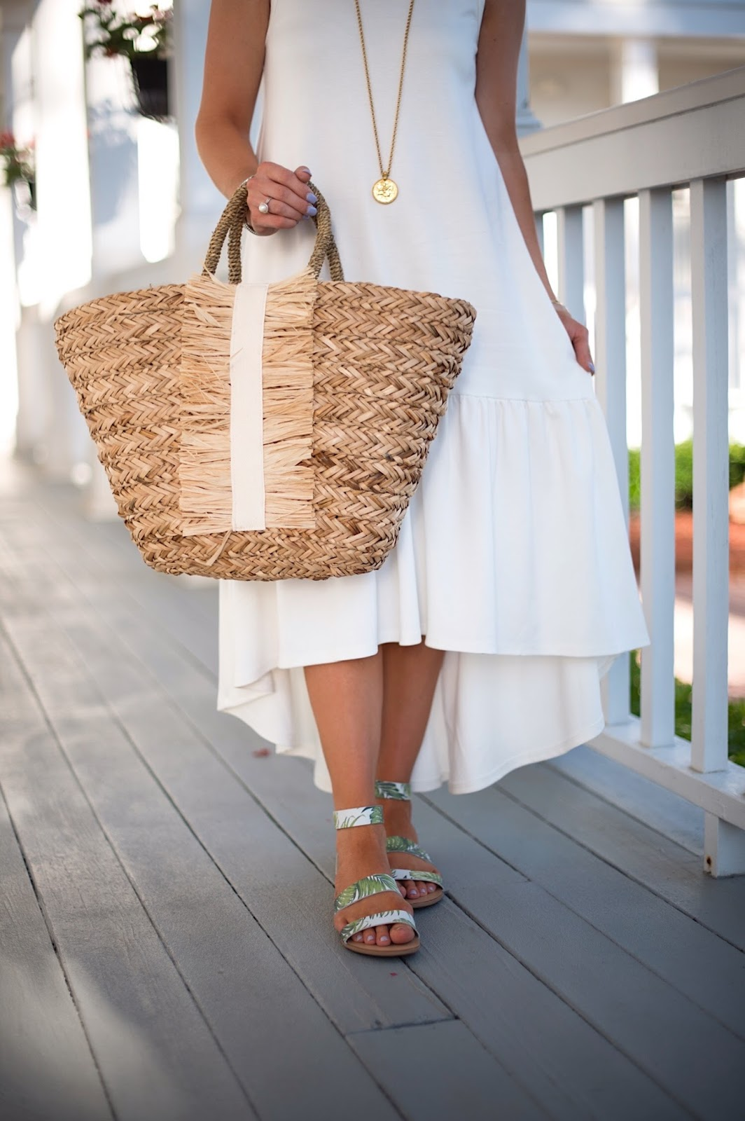 Hat Attack straw tote - Click through to see more on Something Delightful Blog!