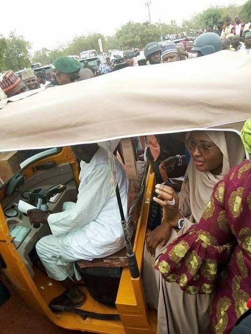 Aisha Buhari Spotted In Tricycle (Keke Marwa)