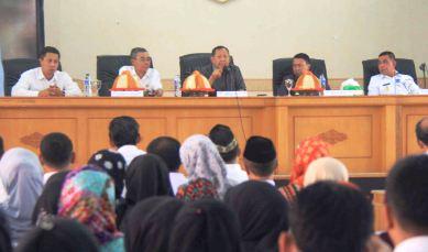 Berita Humas : Hamka B Kady, Anggota DPR RI Komisi V , Reses ,Ke ,Selayar