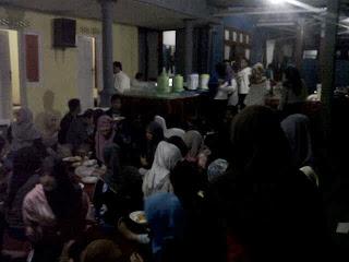 suasana Cattering di VOC Kampung inggris pare