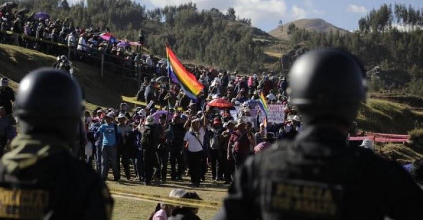 Maestros en huelga del SUTEP Cusco paralizan el Inti Raymi