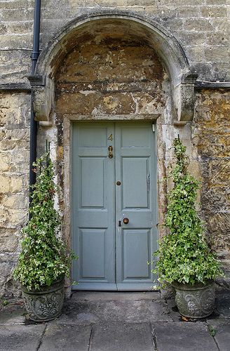 How To Choose The PERFECT Front Door Paint