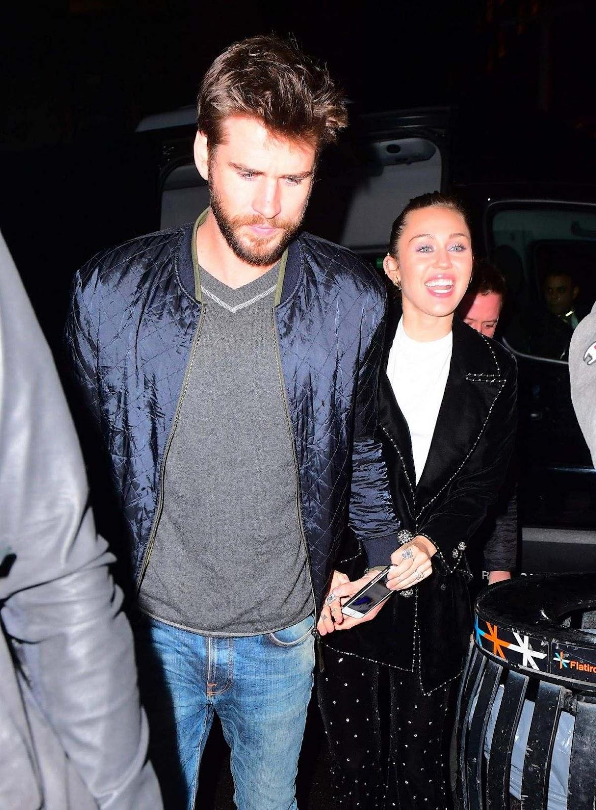 Castle Of News Miley Cyrus Y Liam Hemsworth En La -3627