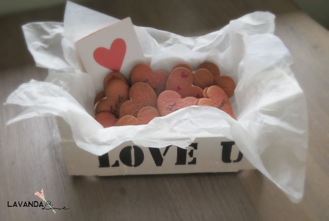 caja fresas madera para san valentin