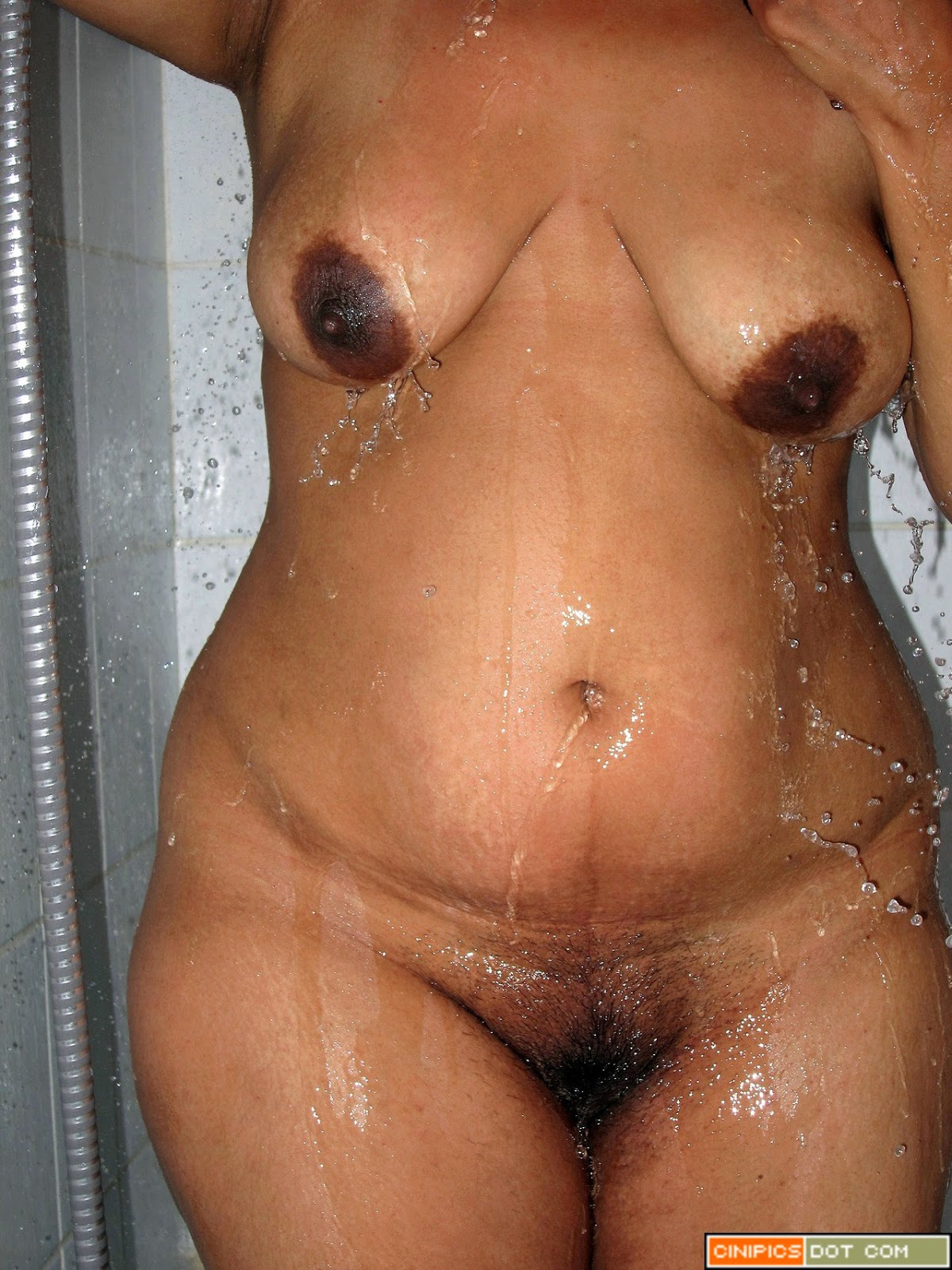 woman bare bathing royalty
