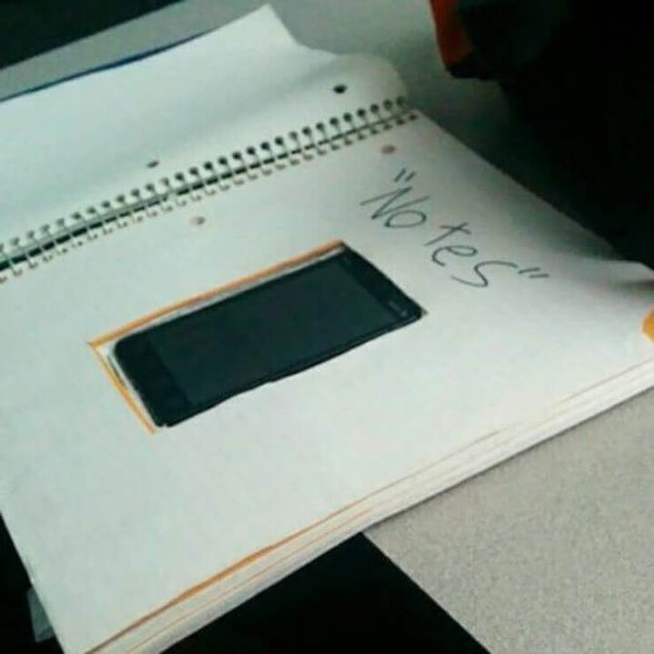 O jeito mais engraçado de trapacear com o professor em provas da escola