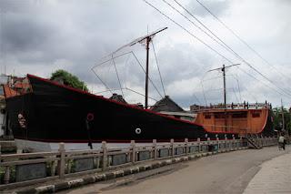 Replika kapal Laksamana Cheng Ho
