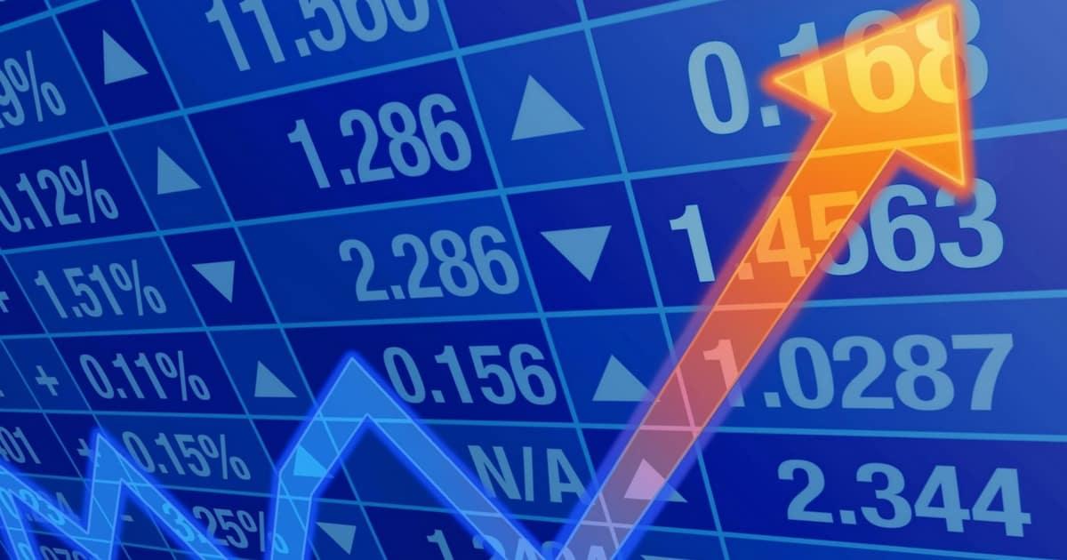 667fdd4de Quando se trata de investimento em ações focado no longo prazo, o famoso  Buy and Hold, existem duas correntes de pensamento: os que acham que o  preço não ...