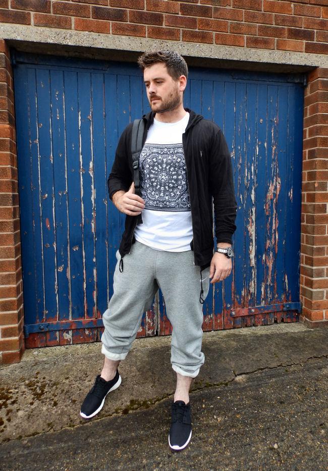 finest selection d2b77 bee3a Menswear fashion blogger Nike Rosherun