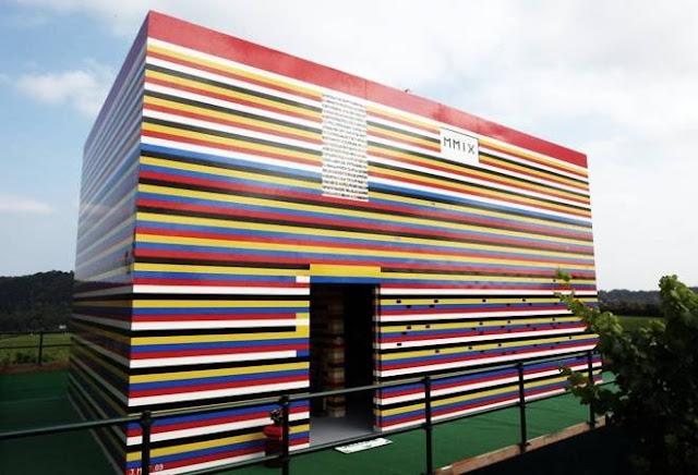 Uma casa inteira de Lego (Imagem: Reprodução/Cool Material)