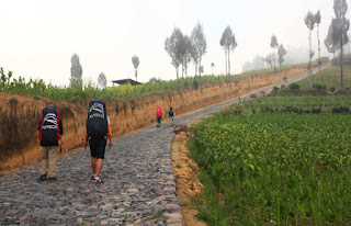 Jalur Pendakian Gunung Sumbing Dari Desa Garung