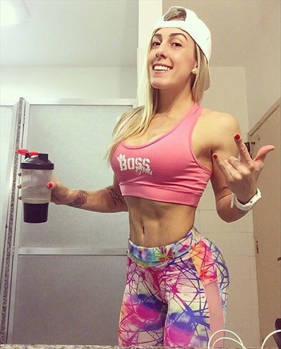 Fitness Model Rafaela Pirola