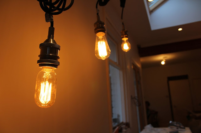 hanging edison bulbs in kitchen