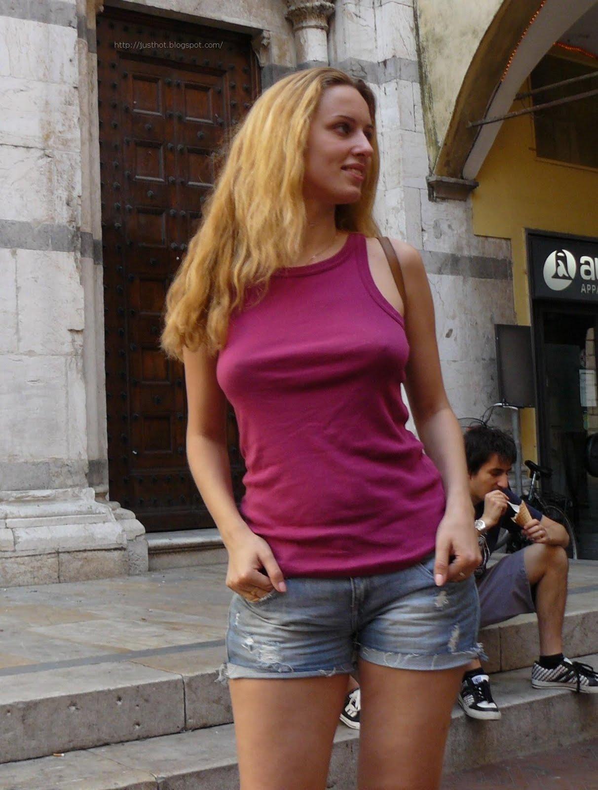 величина губ у девушки украли лифчик на улице страдаю комплексами при