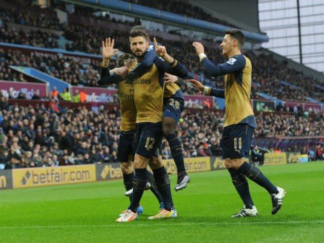 Giroud marca, Ozil serve: Dupla vai levando o Arsenal ao topo da EPL