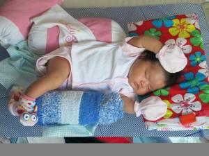 10 lợi ích cho bé nằm giường lưới