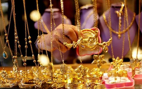 بورصة الذهب العالمية اليوم 11-01-2018 حسب بيع المحال التجارية, يتم تحديث مؤشر الذهب كل ساعة فيرجى زيارة الصفحة بشكل دائم لترى الأسعار الجديدة مع العلم أن سعر الليرة مرتبط مع اسعار الذهب مقابل الدولار