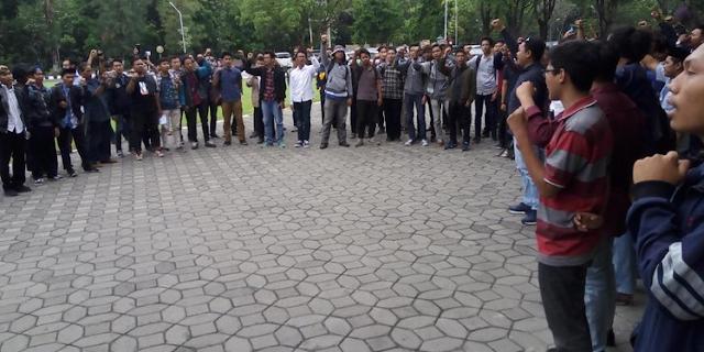 Presiden BEM UNS Ditangkap, Mahasiswa Solo Galang Solidaritas Serukan Aksi Besar 28 Oktober