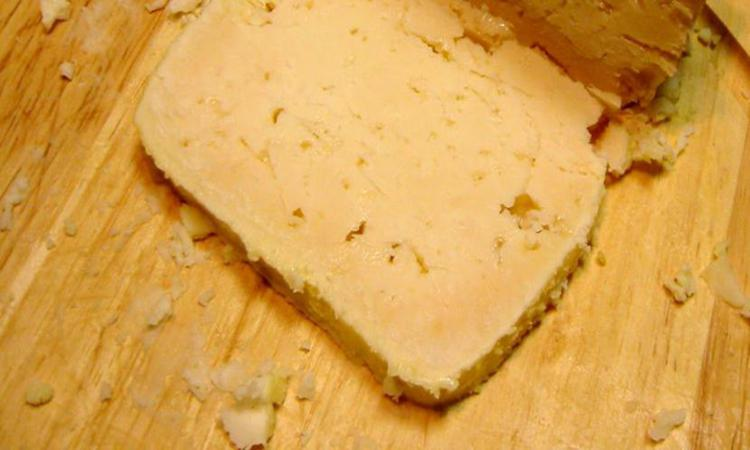 Find delicious local cheese in Zakynthos, Zante