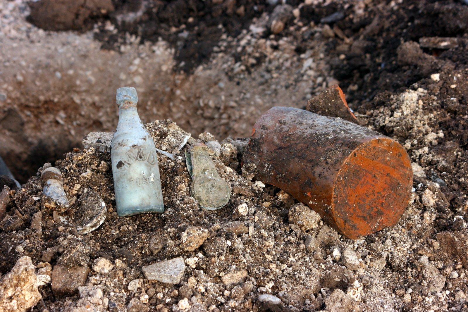 Digging Old Bottles 50