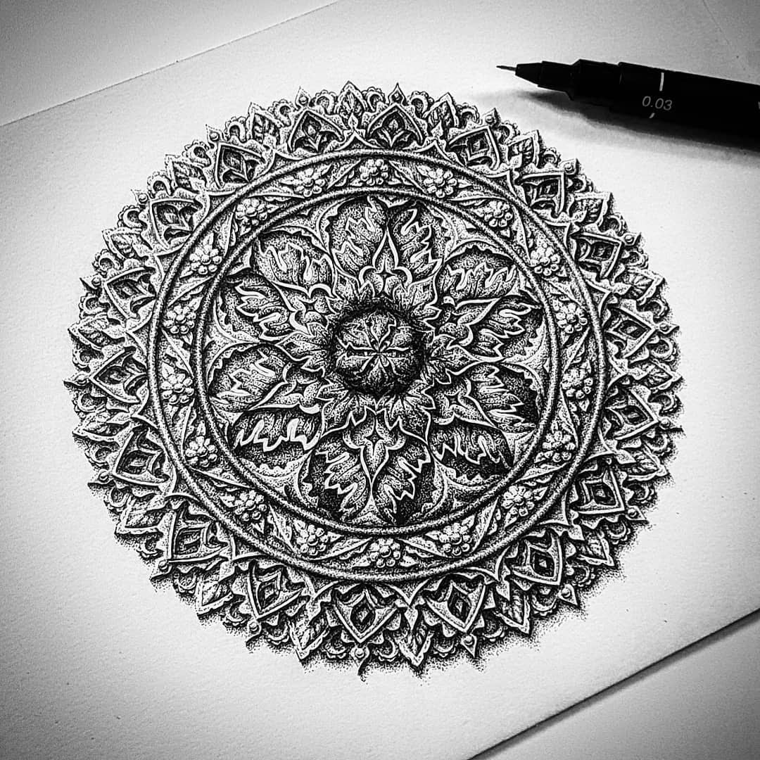 11-Elaborate-design-Baz-Furnell-3D-Looking-Mandala-Drawings-www-designstack-co