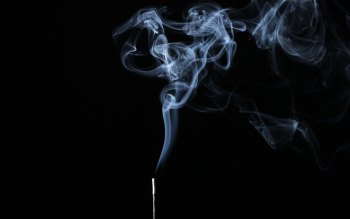 Wallpaper: Smoke on black background