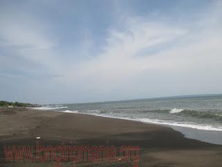 Pantai Munggu Mengwi Badung