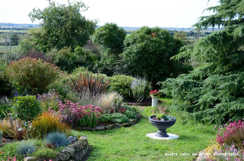 4 coins au jardin un p 39 tit tour de jardin pour f ter la for Au jardin de la tour