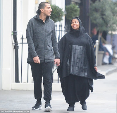 Janet Jackson's Ex to-be husband Wissam Al Mana returns to the home they once shared to deliver toys for their son