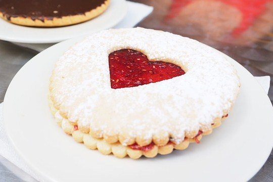 galletas con corazon recortado de mermelada