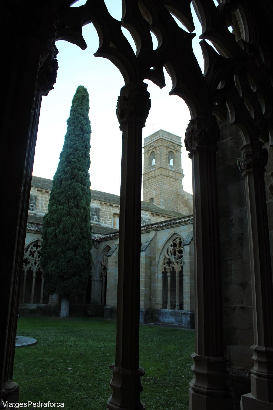 claustro del Monasterio cisterciense de la Oliva Carcastillo Navarra