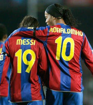 Las emotivas palabras de Messi a Ronaldinho tras su retirada