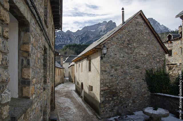 Viaje Pirineo Aragones visitar Piedrafita de Jaca