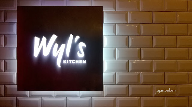 Kuliner Indonesia Zomato Birthday Party Di Wyl S Kitchen At