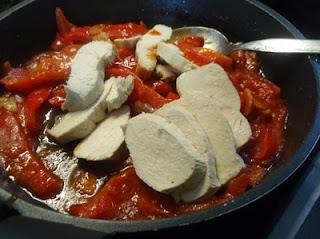 elaboración de pechuga con pimientos