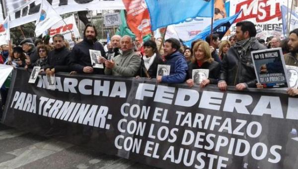 Corte Suprema de Argentina aprueba tarifazo en sector eléctrico