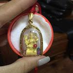 Đi Thái Lan chi 35000 Baht thỉnh chiếc vòng cổ có mặt tượng Phật