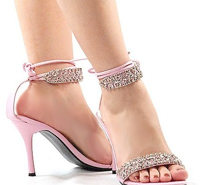 Long Heel Shoes And S Want To Wear The Stylish Red Wedding Bridal Design Latest Diamonds High Crystal Stones