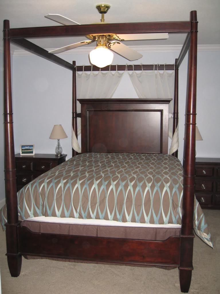 Antique Furniture And Canopy Bed: Queen Canopy Bed