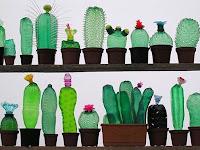 Mari Mengubah Botol Plastik Anda Menjadi Barang yang Berguna