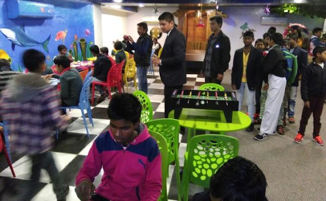 Jaipur, Rajasthan, Christmas, Santa Claus, Tabar NGO, The Theme Hotel, Hotel The Theme, The Theme jaipur, Jaipur News, Rajasthan, क्रिसमस, सांता क्लोज