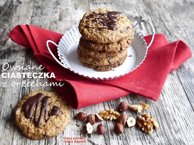 Owsiane ciasteczka z orzechami, rodzynkami i czekoladą - Czytaj więcej »