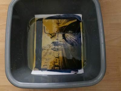 Virage d'un cyanotype au thé vert
