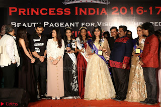 John Aham, Bhagyashree, Subhash Ghai and Amyra Dastur Attends Princess India 2016 17 056.JPG