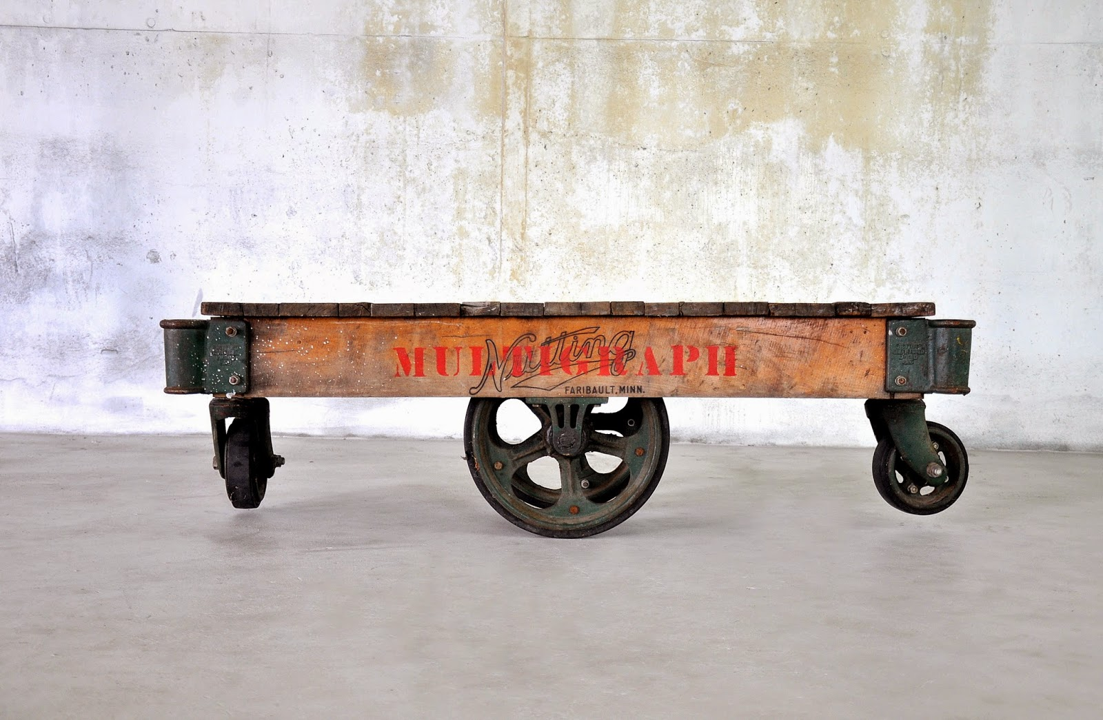 Select Modern Industrial Chic Reclaimed Wood Railroad