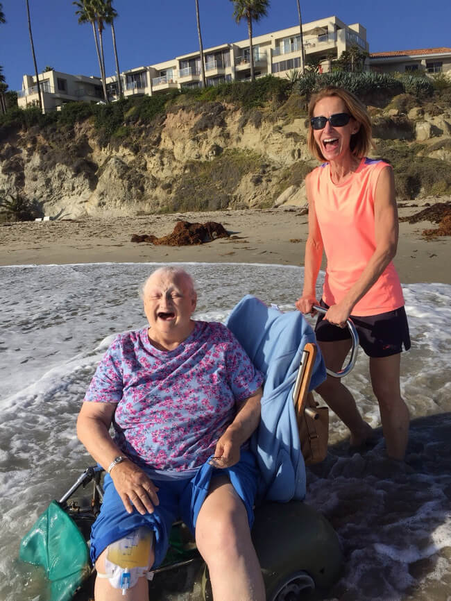 22 Photos That Utterly Capture Powerful Feelings - 'Granny wanted to see the ocean before going to the hospital.'