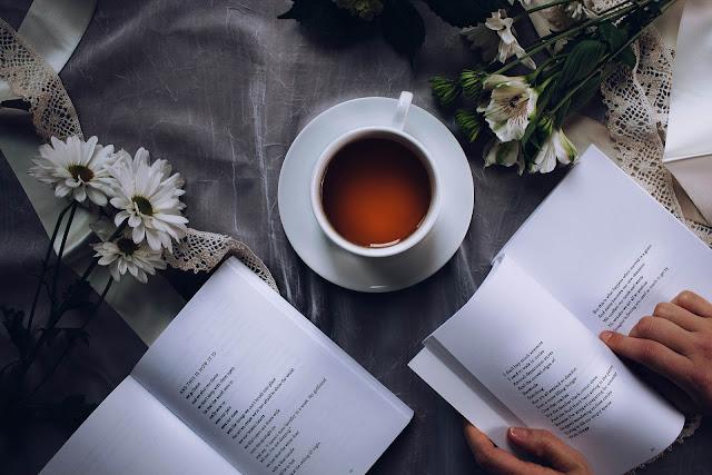 Puisi Engkau Dalam Puisiku