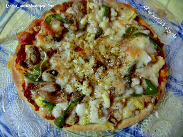 veg pizza recipe,capscicum and mushroom pizza recipe