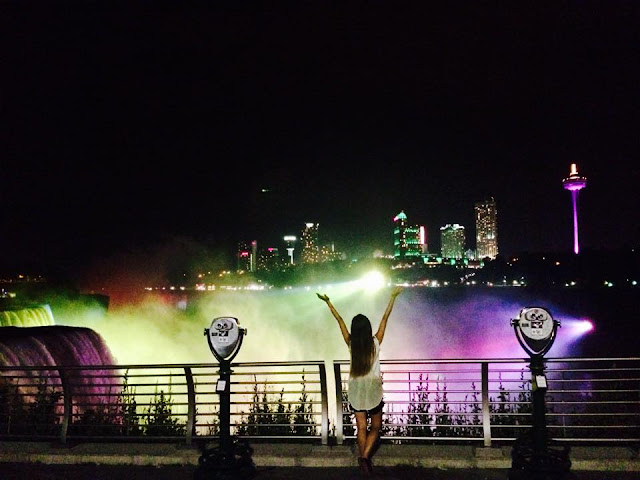 Niagara Falls at Night, New York, U.S./ Toronto, Canada, Miss Happy Feet, Vivian Lee